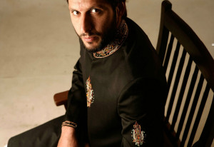 Shahid Afridi Clothing Mens Eastern Wear Kurta and Sherwani Designs 6 300x206 Shahid Afridi Clothing ( Label: Mens Eastern Wear ) sherwani designs men clothing kurta designs brands  Sherwani New Designs New Shahid Afridi Clothing Mens Eastern Wear